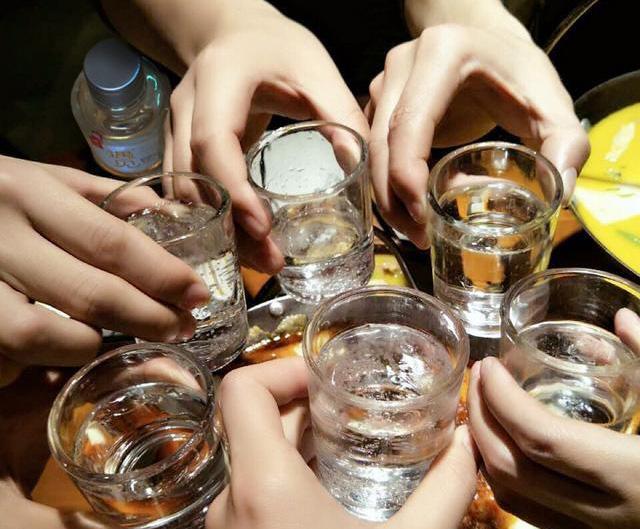 如何喝酒不易醉?醉酒后如何解酒?